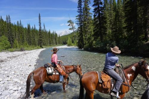 Banff Trail Riders Alberta Rockies