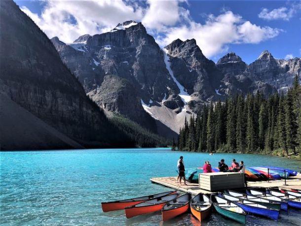 Moraine Lake canoe rentals
