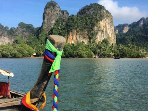 ribbons thailand longboat