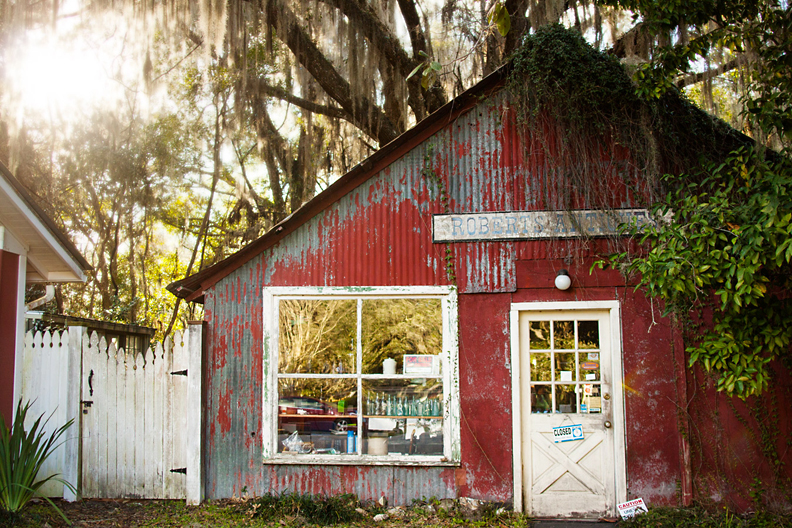 Micanopy, FL is a tiny town wth big southern charm and tons of antique shops
