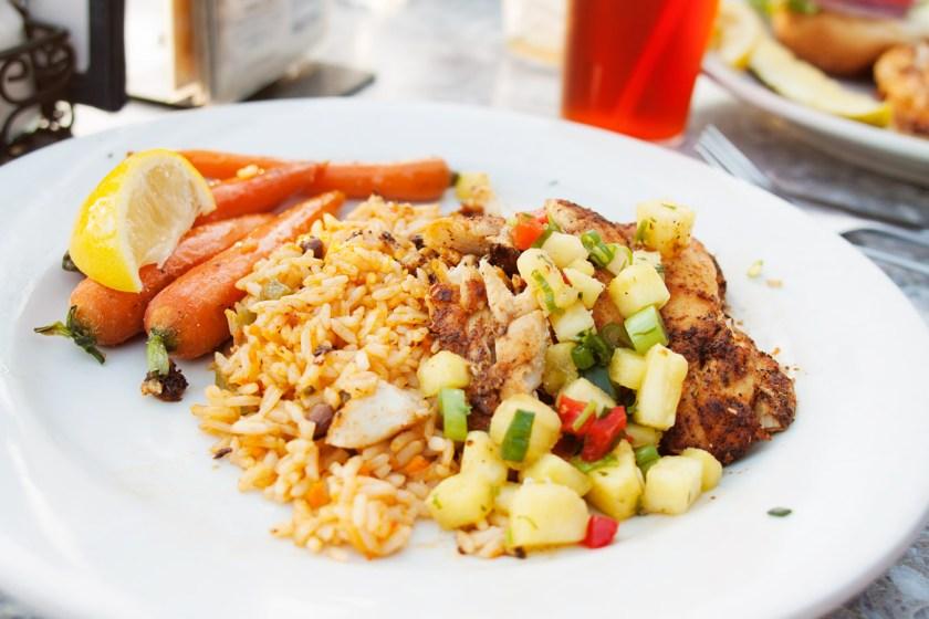 tropical-grouper-sandbar-restaurant-anna-maria-island