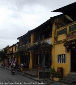 Tour Vietnam for less