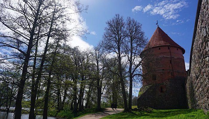 Trakai castle gardens