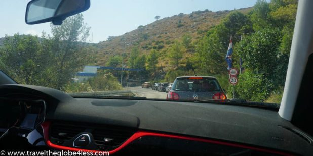 Bosnia exit border