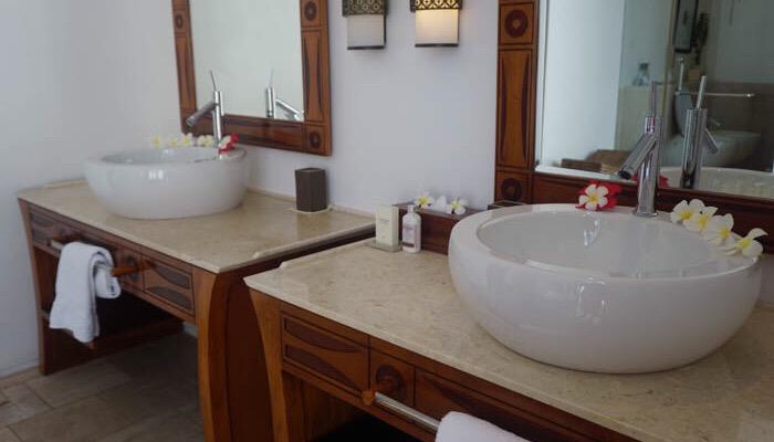 Bathroom at the Residence Zanzibar
