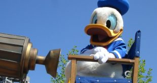 Donald Duck on parade at Disneyland Paris