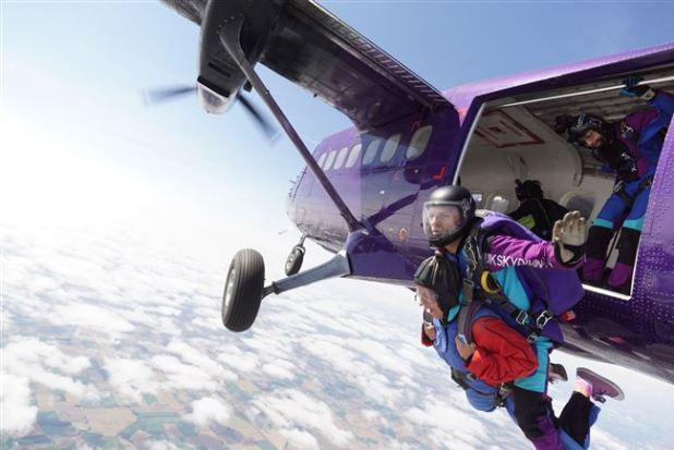 Skydiving exit from plane