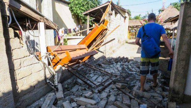 Devastating scenes from Lombok earthquake