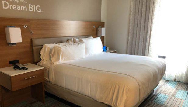 Even Hotel Seattle sleeping area