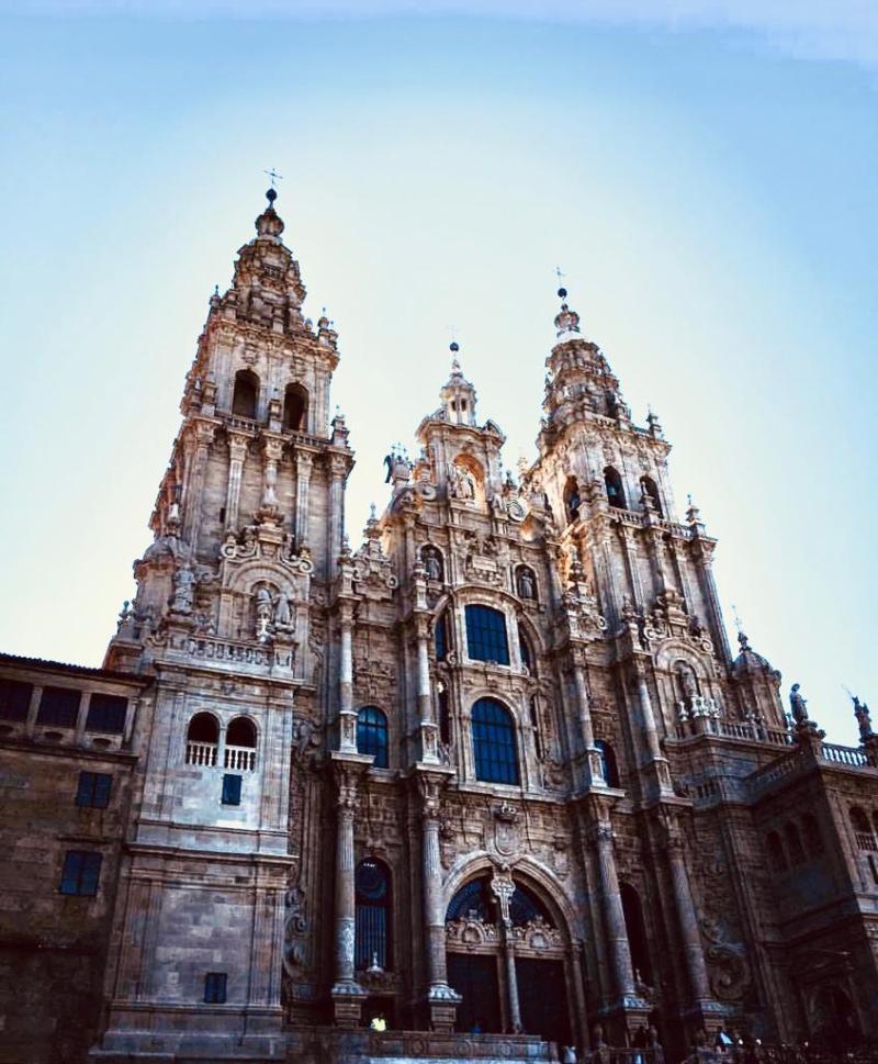 cattedrale Santiago di Compostela traveltherapists blog giappone elina e marzia blogger miglior blog di viaggio nomadi digitali psicologia del viaggio travel therapy