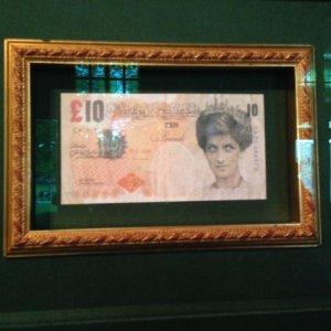 banconota contraffatta di Banksy