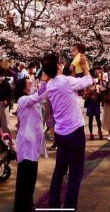 coppia giapponese con bimbo