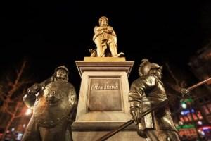 rembrandtplein statua