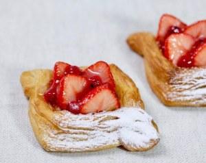 baguette rabbit traveltherapists tokyo bakery