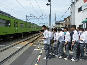 uniforme giapponese estiva ragazzi giappone traveltherapists