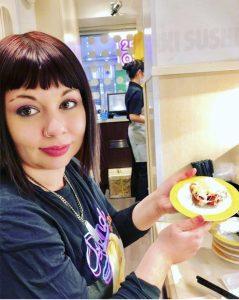shibuya-kaiten-sushi-marzia-tokyo-traveltherapists-il mio viaggio in giappone
