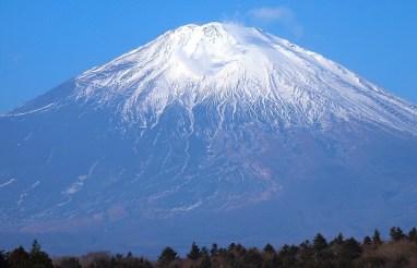 neve cima monte fuji fujisan il mio viaggio in giappone traveltherapists miglior blog di viaggio