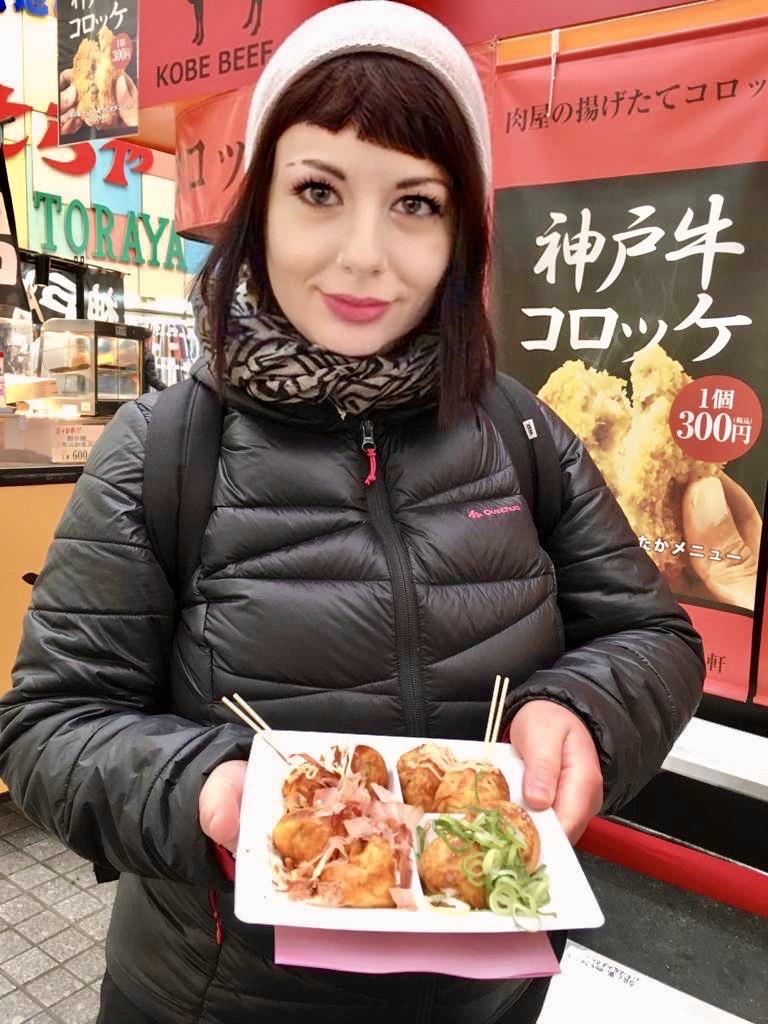 cosa sono i takoyaki il mio viaggio in giappone traveltherapists miglior blog di viaggio
