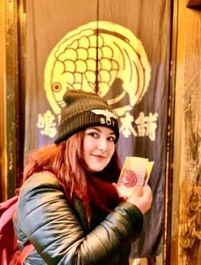 elina traveltherapists-custard-taiyaki-tokyo Cibi giapponesi che devi provare il mio viaggio in giappone miglior blog di viaggio