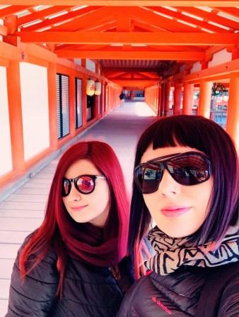 padiglione elina e marzia itsukushima shrine miyajima il mio viaggio in giappone Uno dei santuari più antichi del Giappone traveltherapists blog giappone miglior blog di viaggio