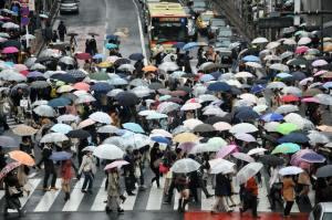 incrocio pioggia in giappone il mio viaggio in giappone traveltherapists blog giappone miglior blog di viaggio