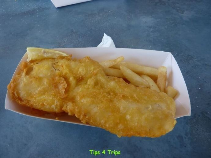 Fish and chip lunch on a Mandurah dolphin cruise