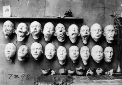 WW1 facemasks made in Paris