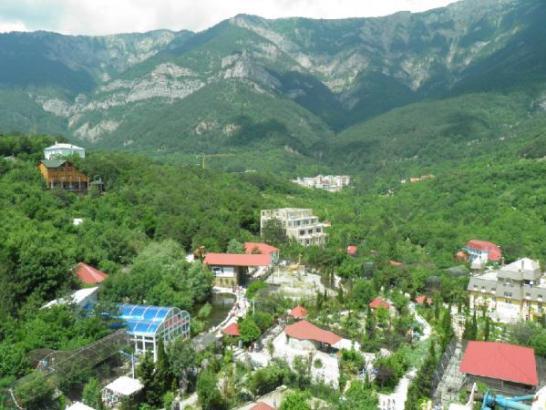 zoo in yalta