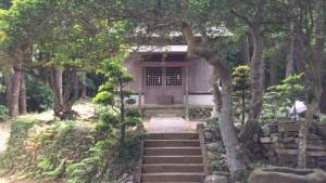 心源院上にある秋葉神社