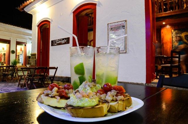 Heerlijke caipirinha's met bruchetta's voor een spotprijs in Paraty