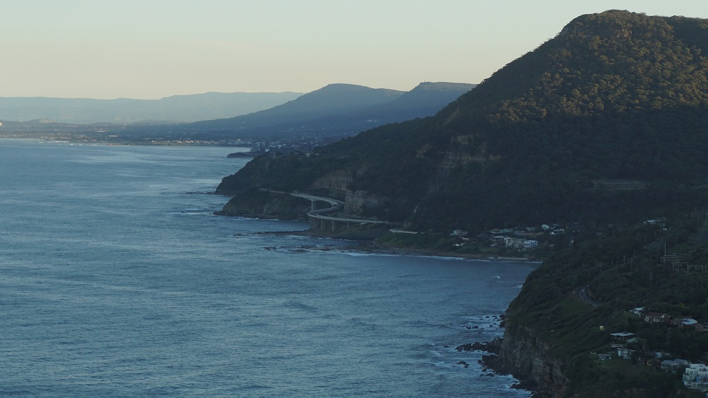 Zicht op kustlijn Grand Pacific Drive
