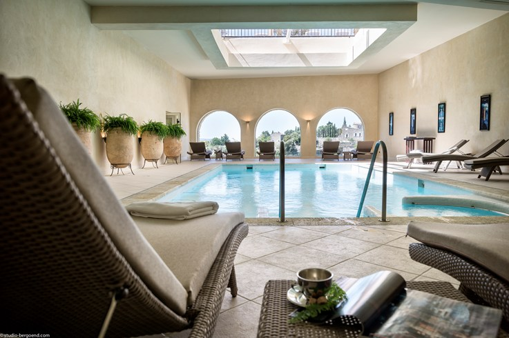 The indoor pool (Image Source: The Leading Hotels of the World / lhw.com)