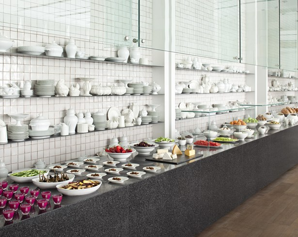 Breakfast buffet (Image Source: The Leading Hotels of the World / lhw.com)