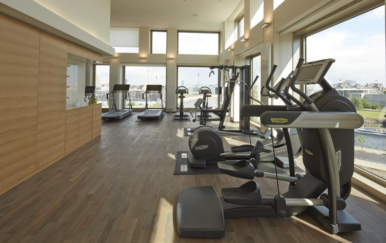 Fitness Area with a view (Image Source: Steigenberger Hotel Am Kanzleramt / steigenberger.com)