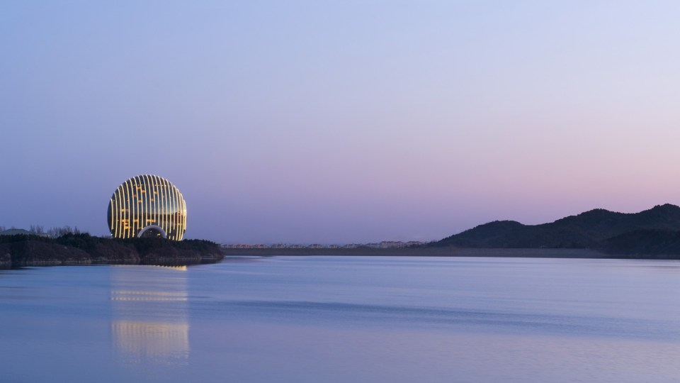 The beautiful view (Image Source: Sunrise Kempiniski Beijing / kempinski.com)