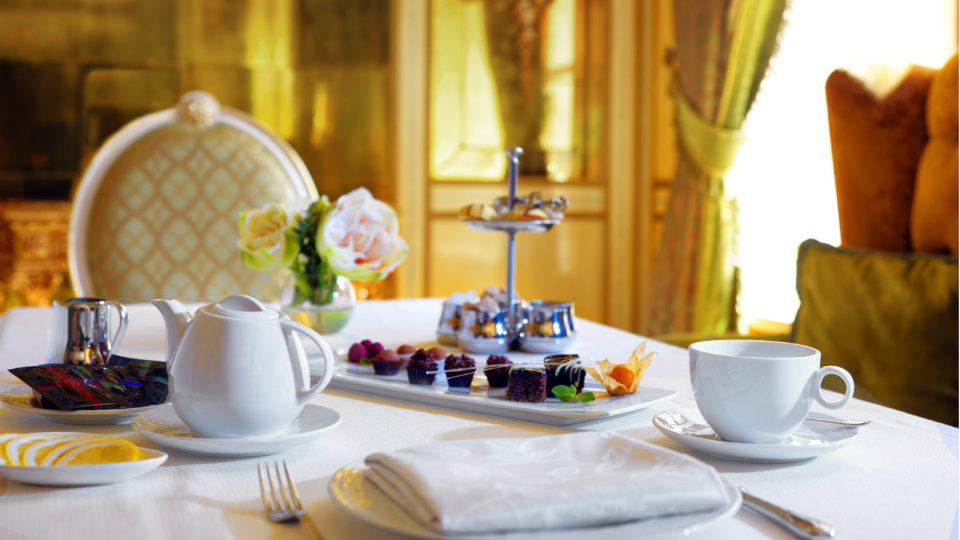 Afternoon Tea in a classic atmosphere (Image Source: Hotel Bristol Odessa / hotelbristolodessa.com)