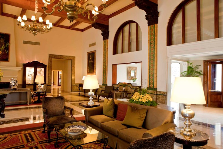 Colonial style in the lobby of the Country Club Lima (Image Source: The Leading Hotels of the World / lhw.com)