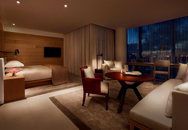 Deluxe Rooms got a very special atmosphere (Image Source: The Miami Beach Edition / marriott.com)