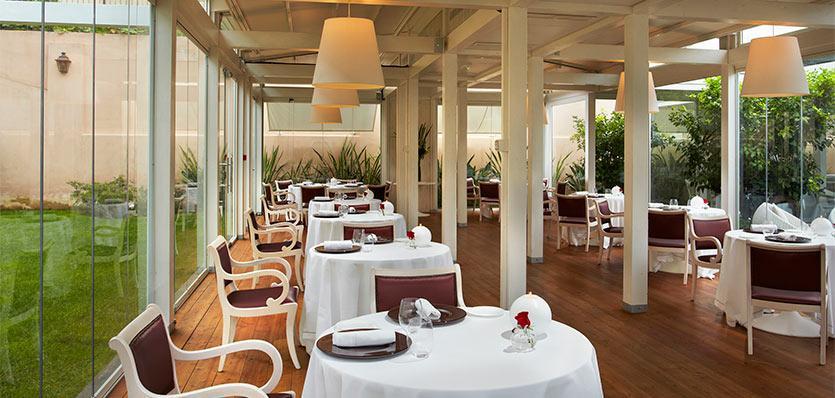 Winter Terrace Restaurant (Image Source: Gran Meliá Rome / melia.com)