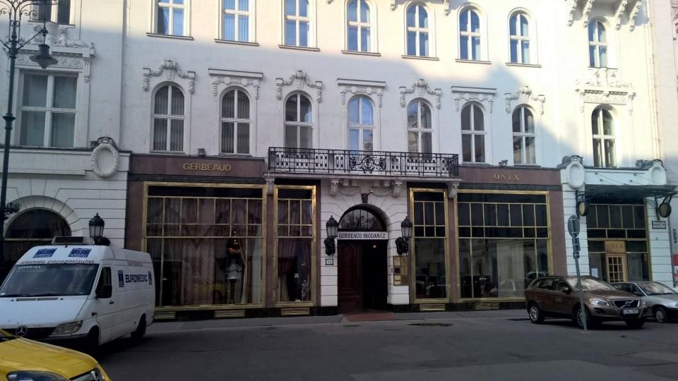 The renowend Gerbeau Café