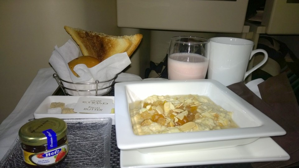 Etihad Airways Business Class Food