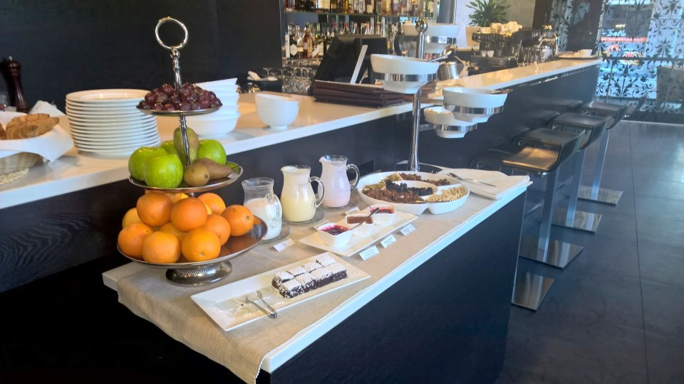 Sweet buffet with fruits and cake