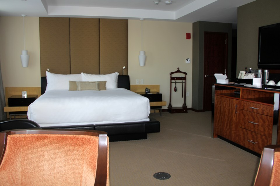 The rooms at Battery Wharf Hotel Boston are a little dated, but still in very good condition