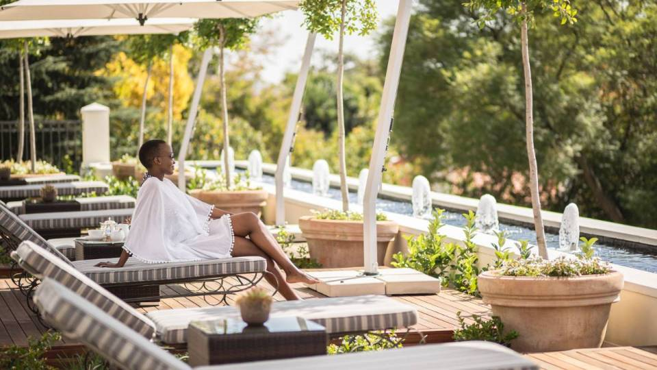 Four Seasons Johannesburg Loungers