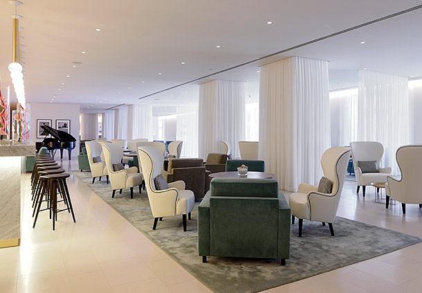 JW Marriott Venice Rose Lounge Bar