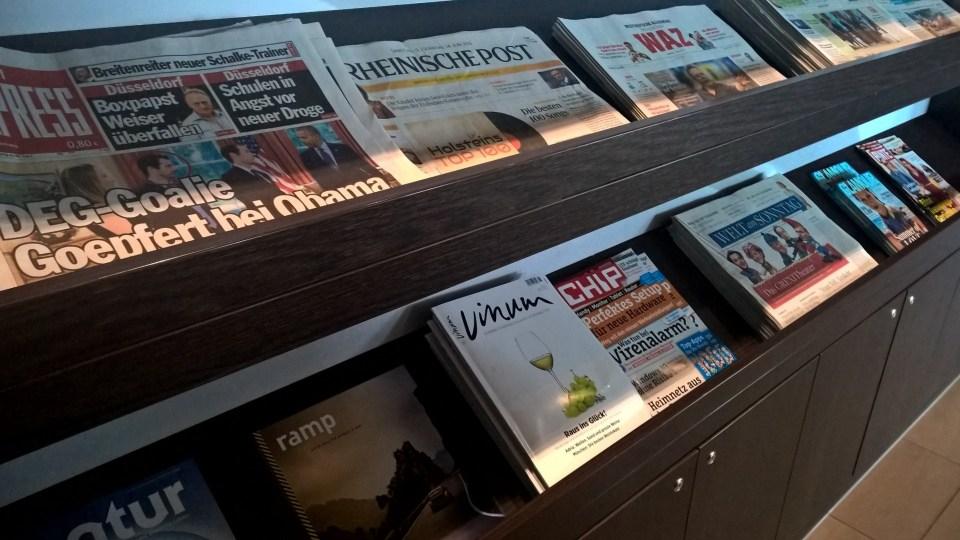 Hugo Junkers Lounge Düsseldorf Magazines
