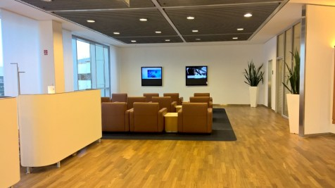 Lufthansa Senator Lounge Frankfurt Seating