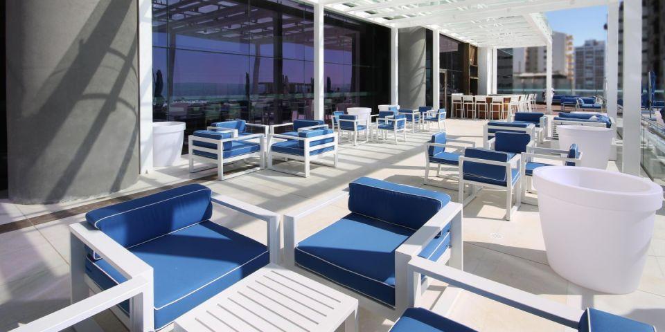 InterContinental Cartagena Sunset Pool Terrace