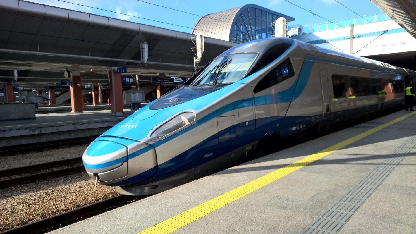 Train Review EIP First Class