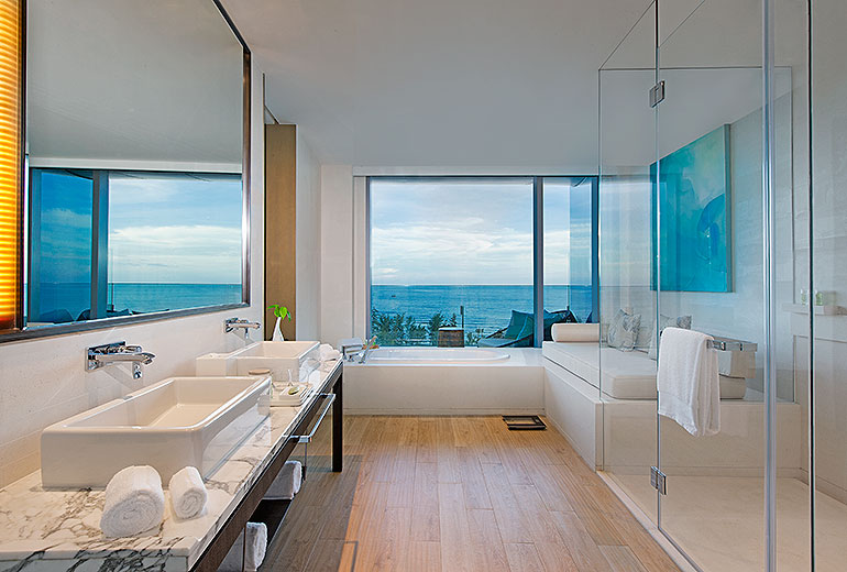 Oceanfront Studio Westin Blue Bay Resort